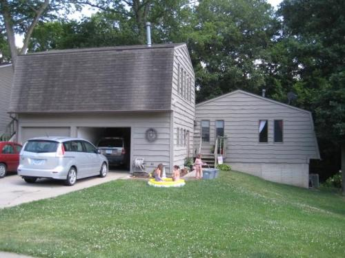 1421 Eastview Drive #A Photo 1