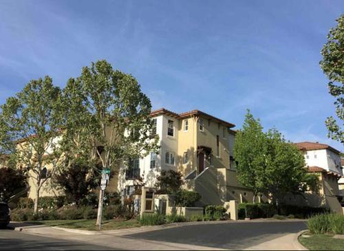 39 Matisse Court Photo 1