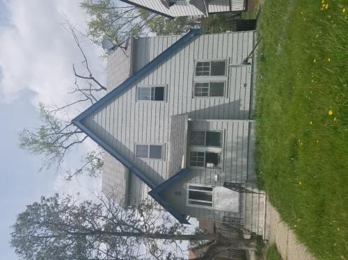 14117 Saybrook Avenue Photo 1