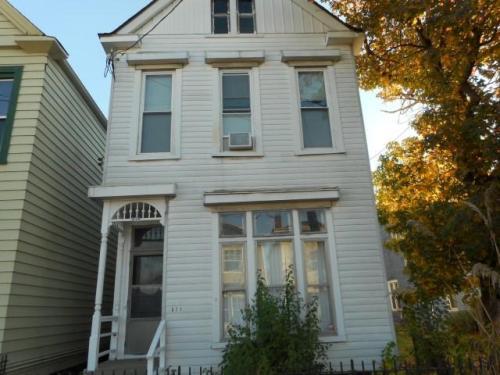611 Baxter Avenue Photo 1