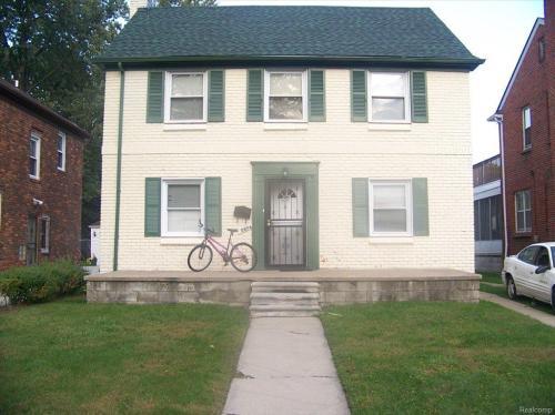 15874 Whitcomb Street Photo 1