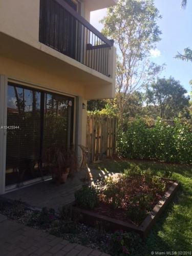 3414 SW 16th Terrace #C2 Photo 1