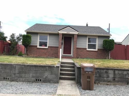 5114 N Seaview Street Photo 1
