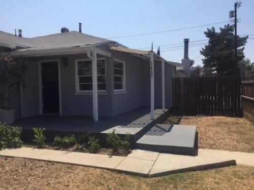 7457 Loma Verde Avenue Photo 1