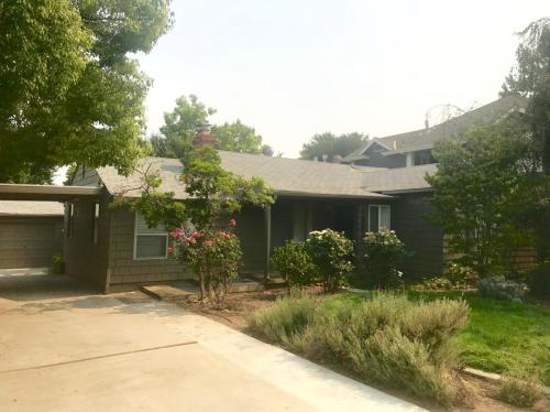 16611 Topping Way Photo 1