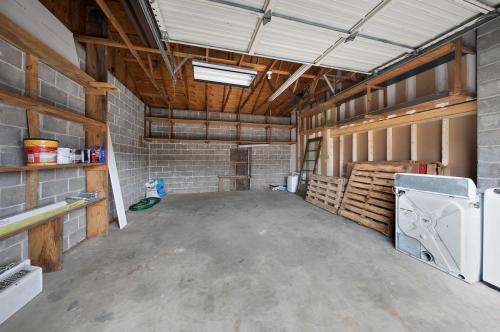 9431 Page Avenue #PRIVATE GARAGE Photo 1