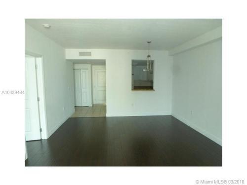 Apartment Unit For Rent. 1250 S Miami Avenue Photo 1