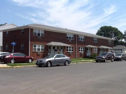 600 Jefferson Avenue Photo 1