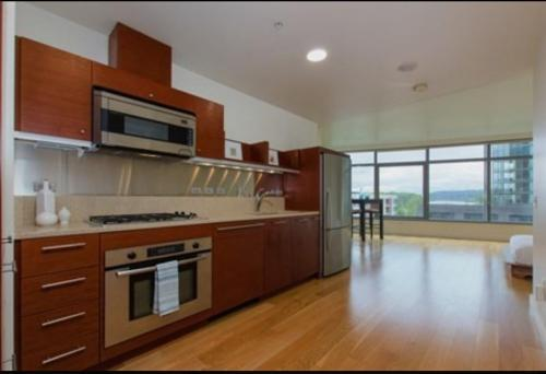 3601 SW River Parkway #711 Photo 1