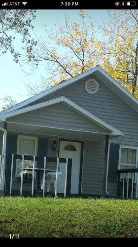 4016 Springfield Street Photo 1