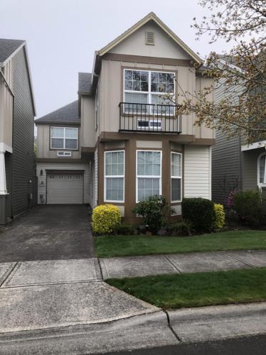 20703 SW Rosemount Street Photo 1