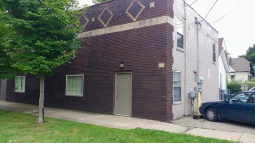 839 W Walnut Street #B Photo 1