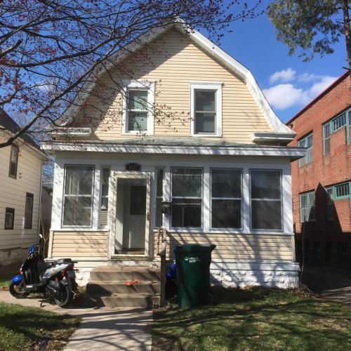 1637 Selby Avenue Photo 1