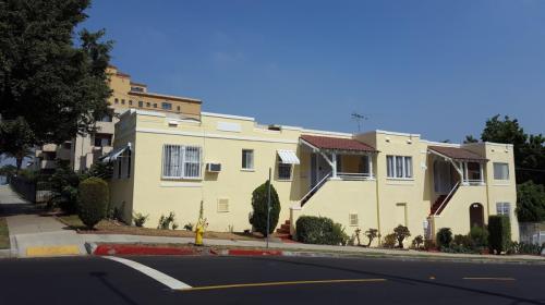 607 Rosemont Avenue Photo 1