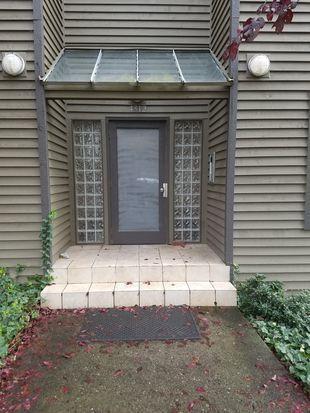 4312 Woodland Park Avenue N Photo 1