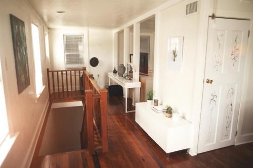 1110 SE 11th Street #REAR COTTAGE HOUSE Photo 1