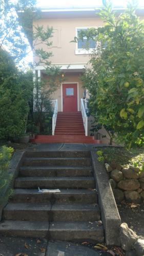 491 Fairbanks Avenue #2 Photo 1