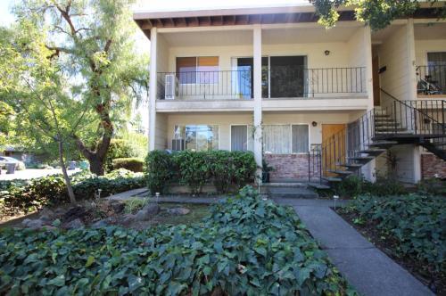 522 Matheson Street Photo 1