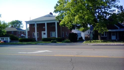 555 E Dorothy Lane Photo 1