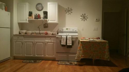2954 Hermosa Avenue #GUST HOUSE Photo 1