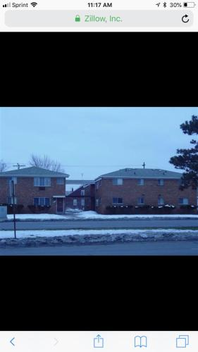4480 E Outer Drive Photo 1