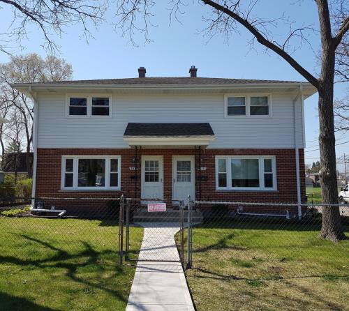 309 Burchell Avenue Photo 1