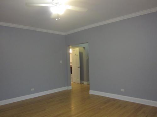 6450 N Claremont Avenue Photo 1