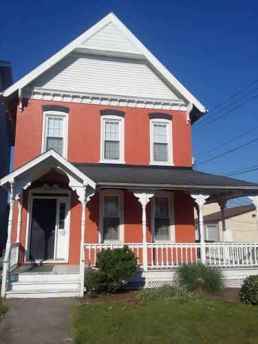 509 Pine Street #1 Photo 1