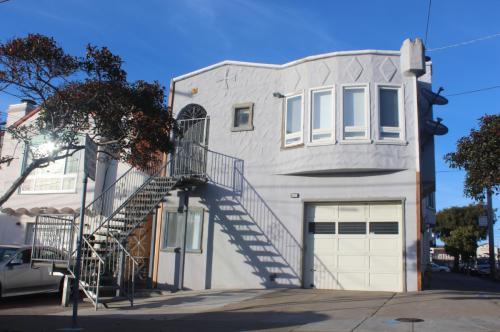 102 W Moltke Street Photo 1
