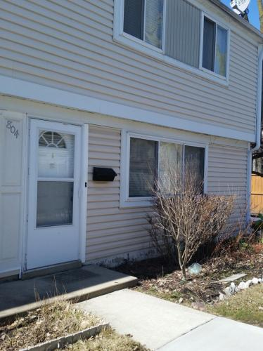 804 Coventry Place Photo 1