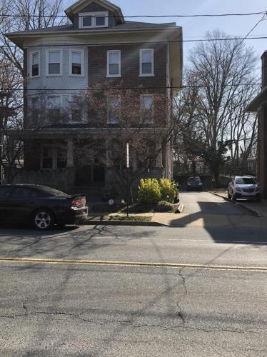 711 Concord Avenue #2F Photo 1
