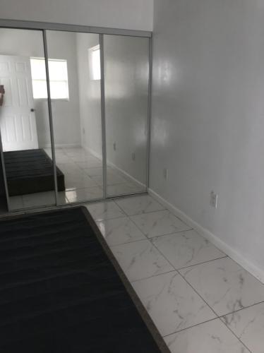 2311 NE 135th Terrace Photo 1