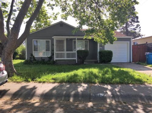 778 Beechwood Avenue Photo 1