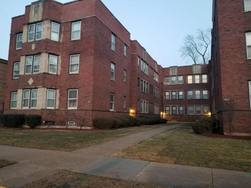 10627 S Hale Avenue Photo 1