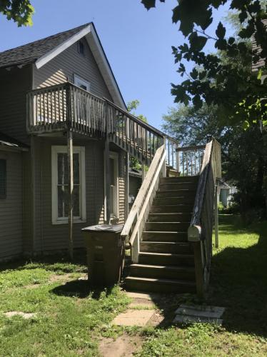 731 Hutchins Avenue Photo 1