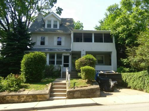 724 Buck Lane #B Photo 1