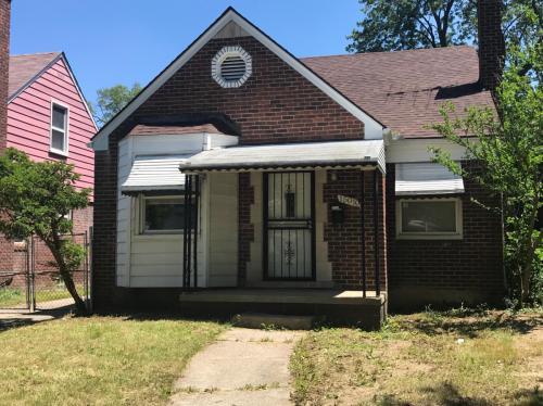 15010 Whitcomb Street Photo 1