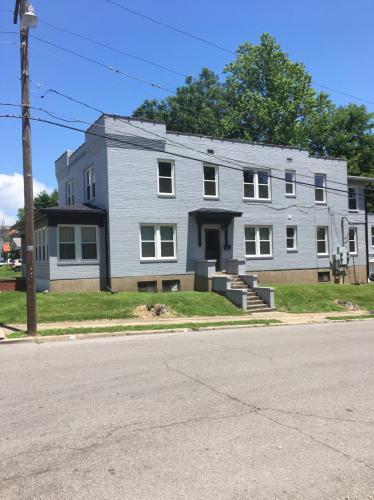 102 N Henderson Street Photo 1