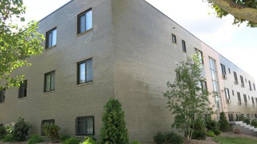 5634 Stanton Avenue Photo 1