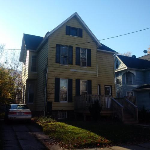 937 W 10th Street Photo 1