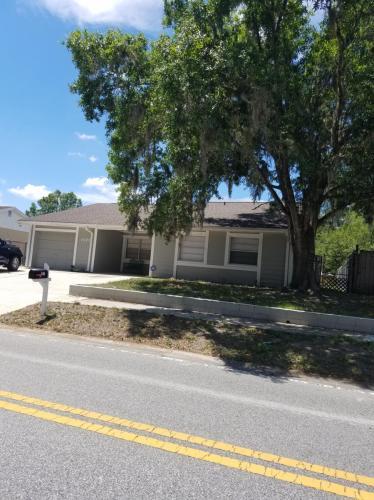 1071 Foxwood Drive Photo 1