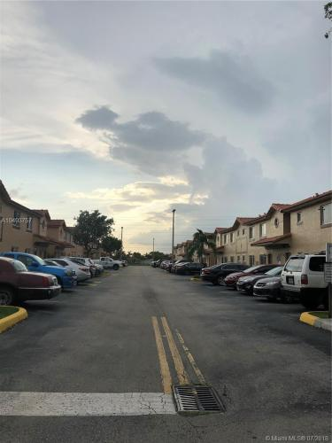 17336 NW 74th Avenue Photo 1