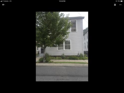 910 Scott Street Photo 1