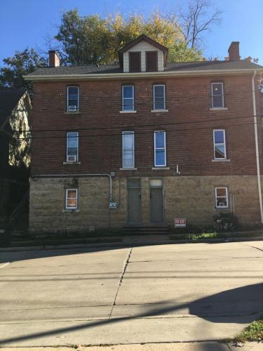 586 Arlington Street Photo 1
