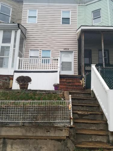 4914 Pennington Avenue Photo 1
