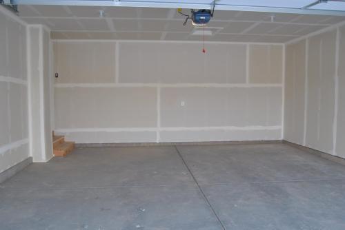 3901 E Chalet Drive Photo 1