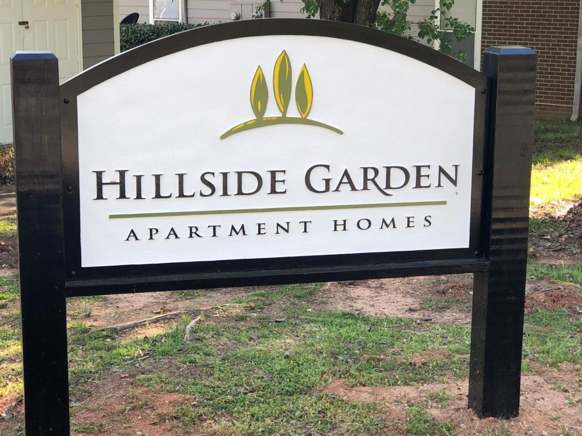 0001 2000483836 large - Hillside Gardens Apartments Winston Salem Nc