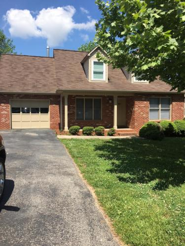935 Nottingham Drive Photo 1