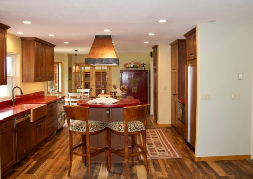 250 Blue Spruce Road Photo 1