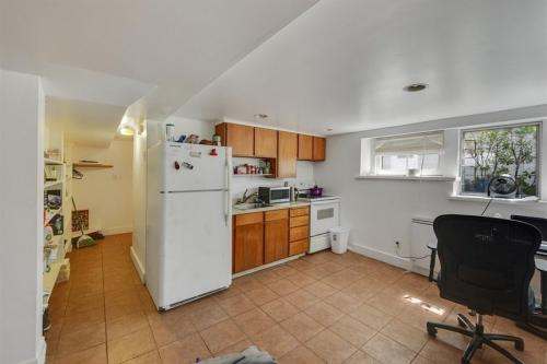 624 12th Avenue E #D Photo 1